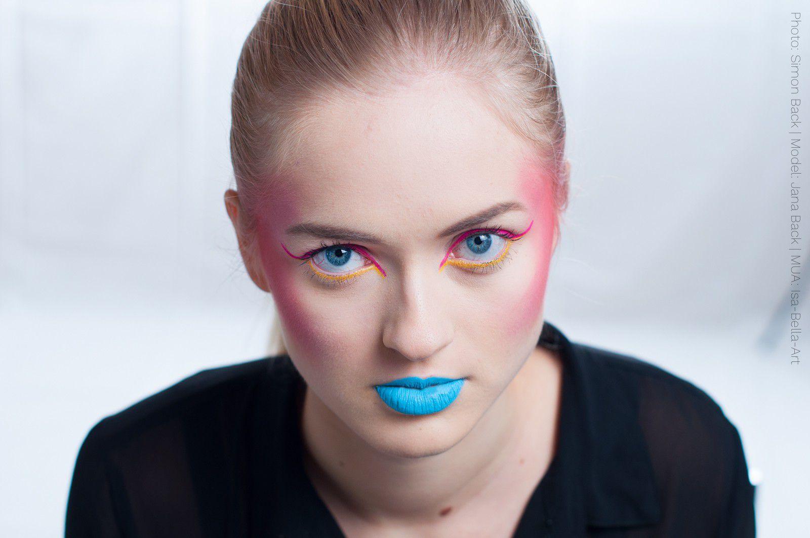 Photo: Simon Back Model: Jana Back Make-up Artist: Isa-Bella-Art